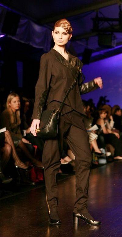 Неделя мода L'Oreal в Торонто. Коллекция от Zoran Dobric. фото: И Тянь/The Epoch Times