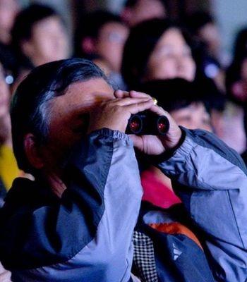 9 марта нью-йоркская труппа «Шень Юнь» выступила с концертом в г.Тайчжун (Тайвань). Зал, в котором проходил концерт, был до отказа заполнен зрителями. Фото: Ли Цзясян/The Epoch Times. Фото: Су Цюй/The Epoch Times
