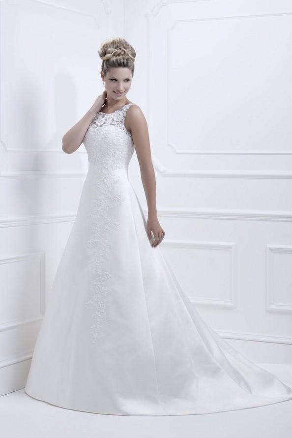 А-подібний фасон весільної сукні по типу «Шестиклинка». Фото: fashionbride.wordpress.com