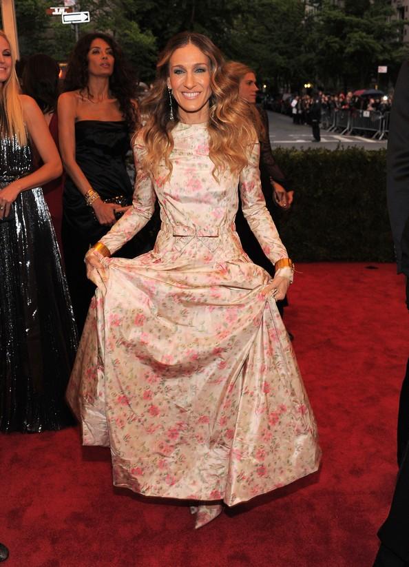 Сара Джессіка Паркер у сукні від Valentino. Фото: Larry Busacca/Getty Images