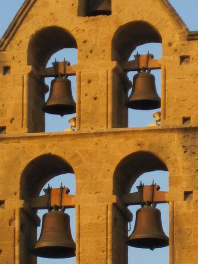 Колокольня церкви Сен-Мишель. Фото:Ирина Лаврентьева/Великая Эпоха