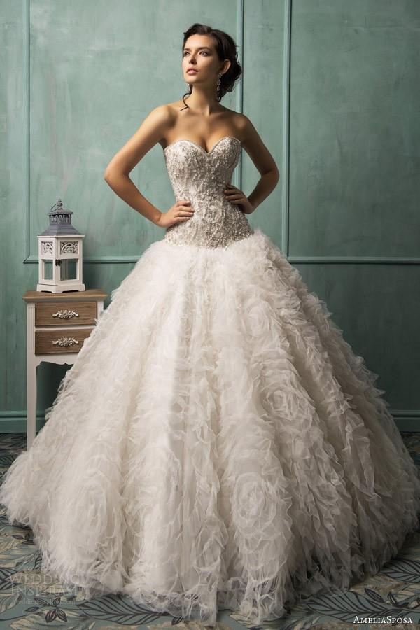 Свадебные платья. Фото: weddinginspirasi.com