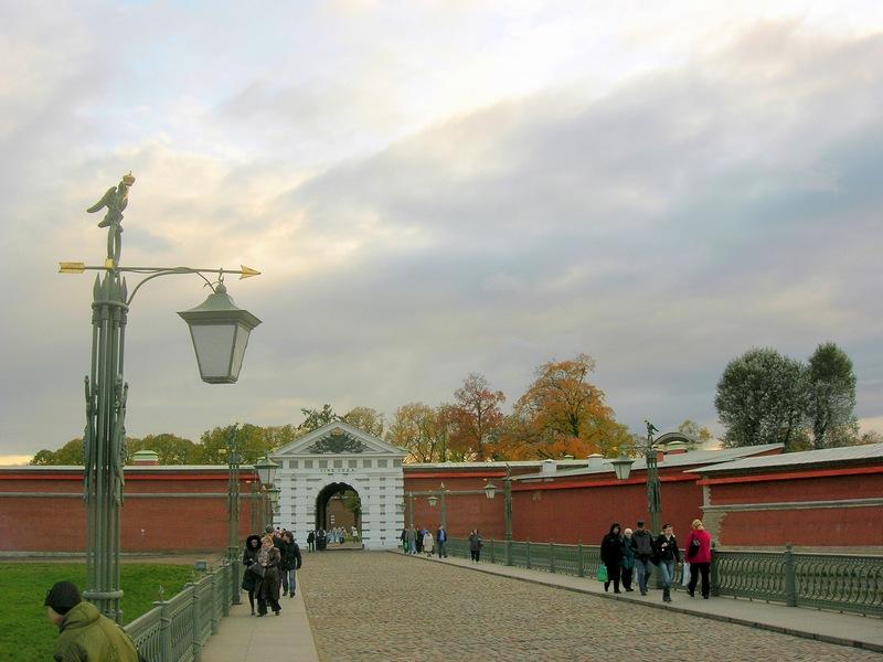 Иоанновский мост, Иоанновские ворота