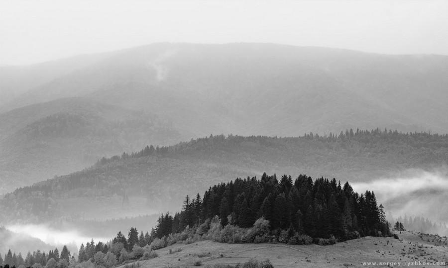 Мальовничі вершини Карпат у Фотозвіті Сергія Рижкова. Фото: ryzhkov-sergey.livejournal.com