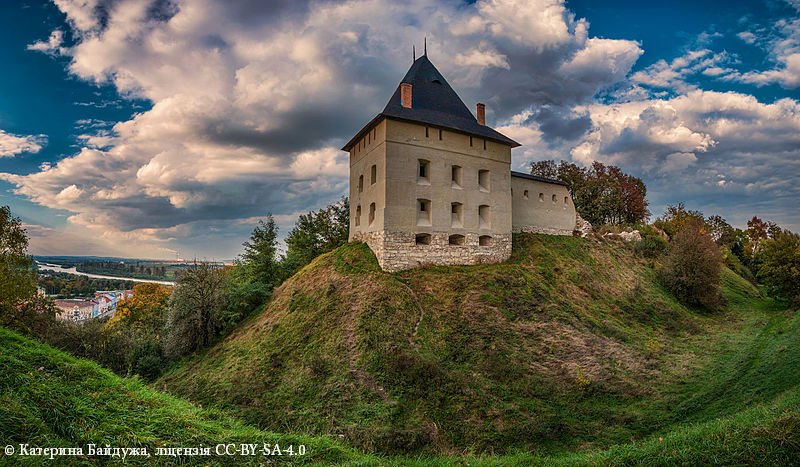 Четвёртое место. Галицкий замок, Ивано-Франковская область, Галич.
