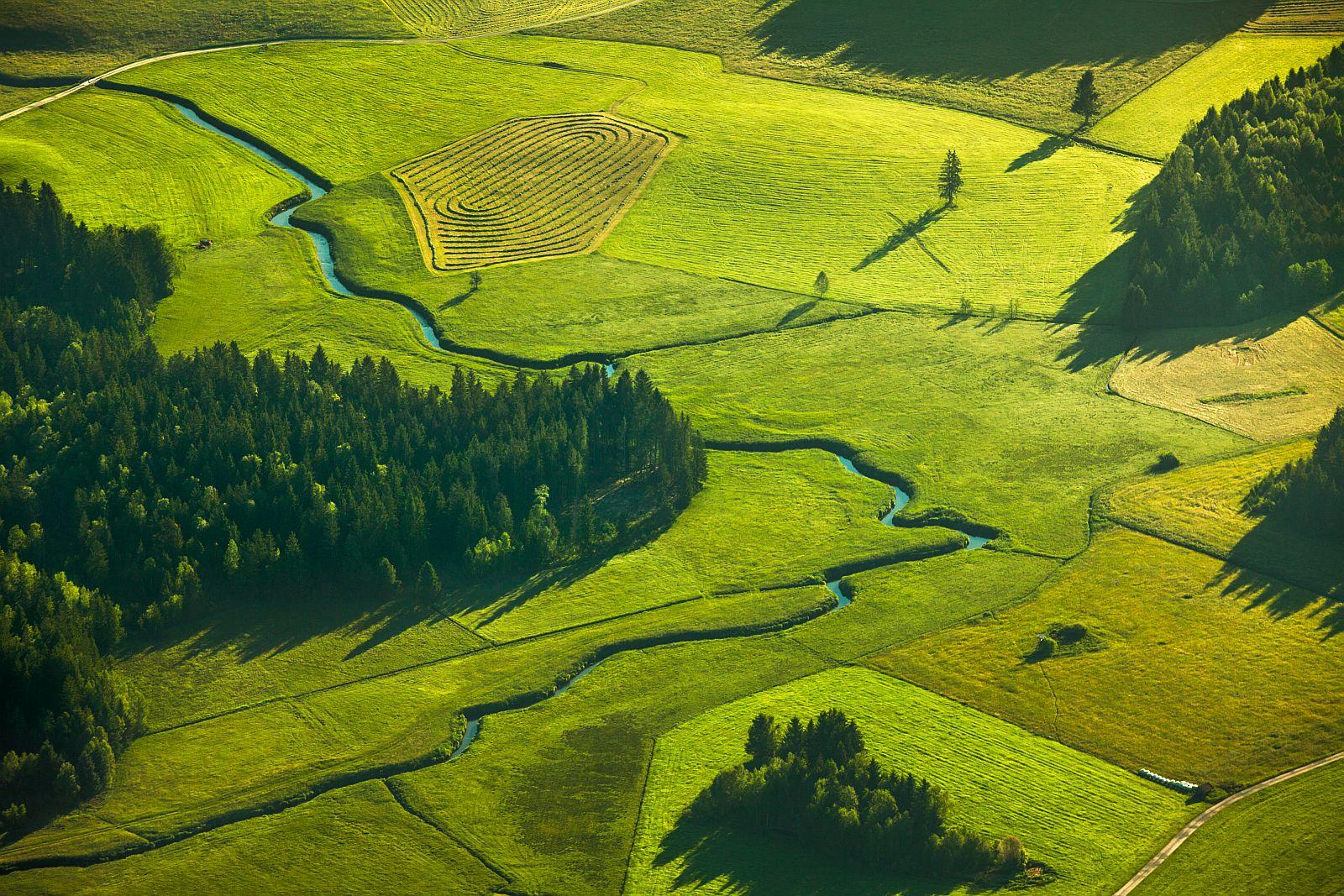 «Красота Баварии». Второе место в номинации «Съёмка природы с воздуха». Фото: Johannes Heuckeroth