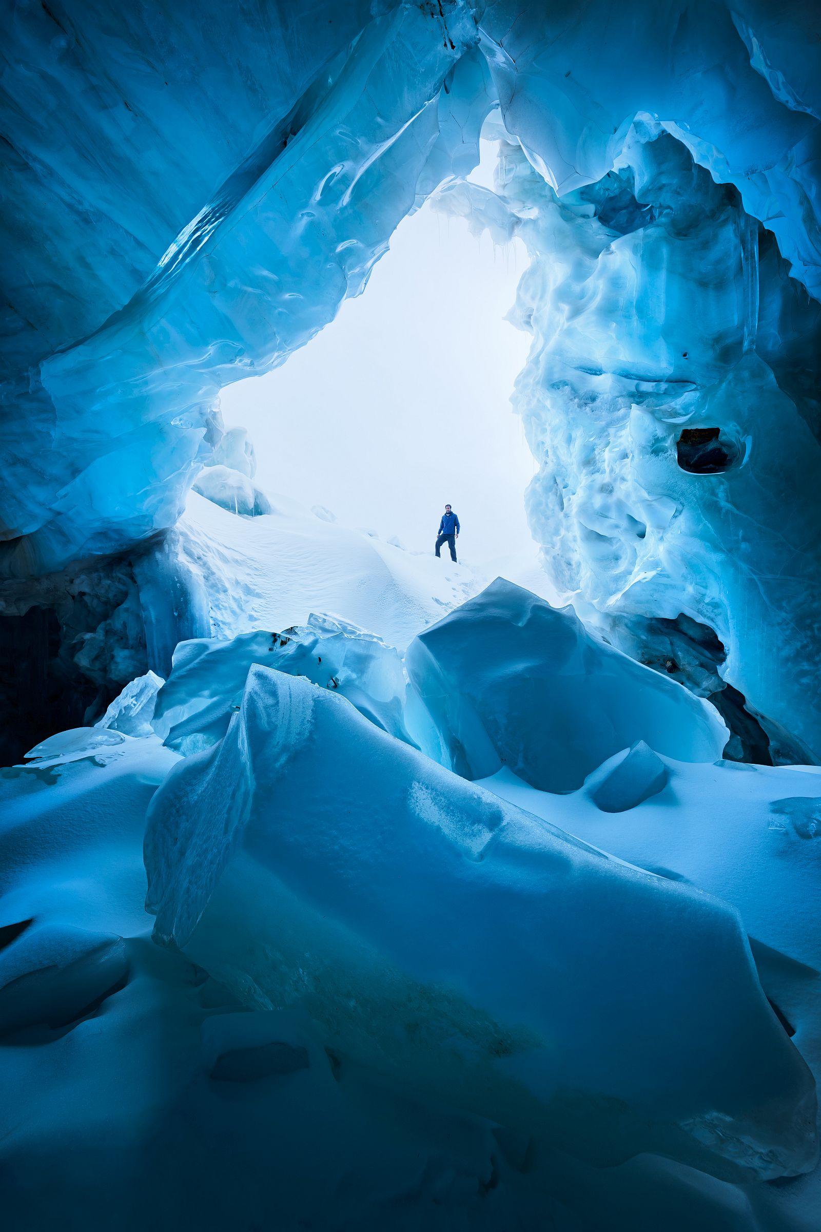 «Ледяные пещеры». Третье место в номинации «Пейзажи природы». Фото: Erez Marom