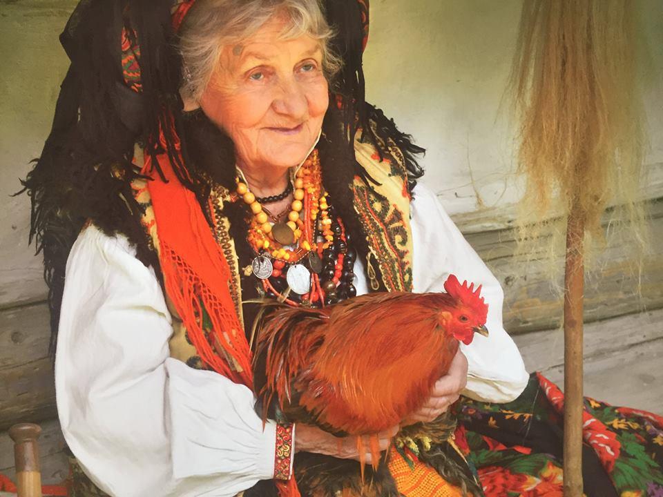 Фотографии мастерской «Треті Півні», представленные в Национальном музее изобразительного искусства Киргизской Республики. Фото: facebook.com/TretiPivni