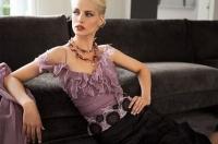 Модний одяг — весільні сукні — покази мод — ювелірні вироби 0600bf2c95169