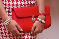 Ювелірні вироби — золоті обручки і браслети — унікальні прикраси — Париж f08c8bdb2ca30