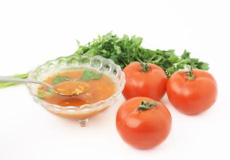 Суп з помідорами