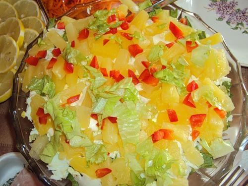 рецепты салатов на новый год с курицей и ананасом