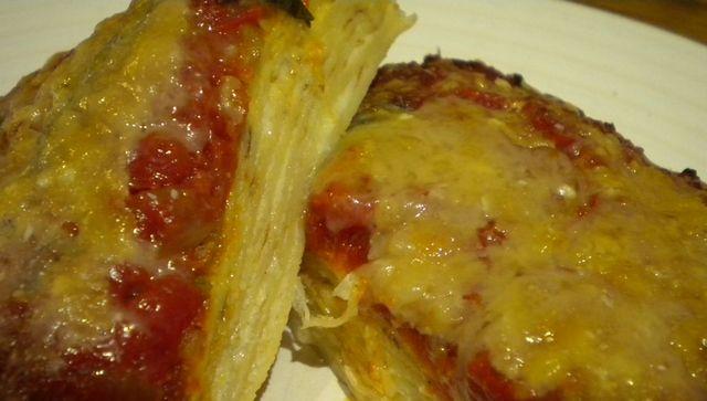 Запеканка из блинов с творогом в томатном соусе. Рецепты для мультиварки
