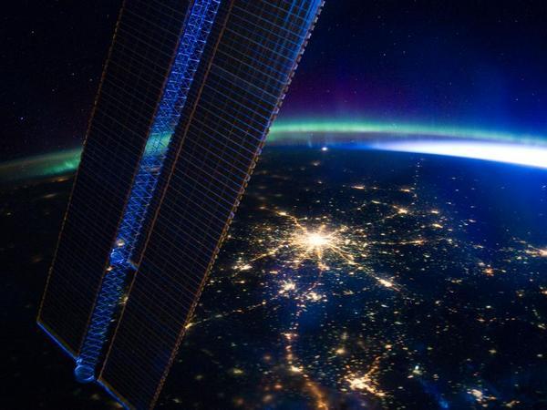 Фотографии космоса. Ночная Москва.