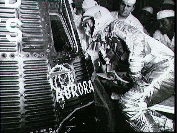 Фотографии космоса. Из архива НАСА — полет корабля «Аврора-7».