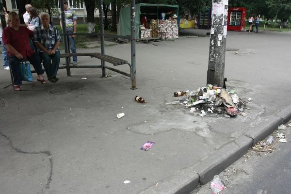 «Я радий би не бути хамлом, але обставини змушують», – зізнається мешканець Івано-Франківська