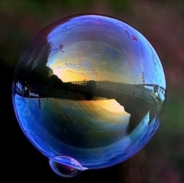604px-Ggb_in_soap_bubble_1.jpg