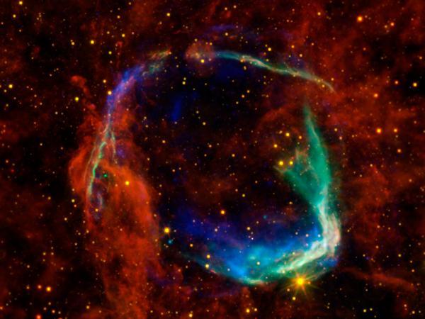 Фотографии космоса. Останки самой старой сверхновой звезды.
