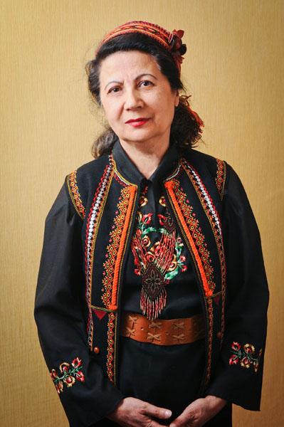 Український стиль в одязі  як виглядати елегантно  b1dfcea6508af
