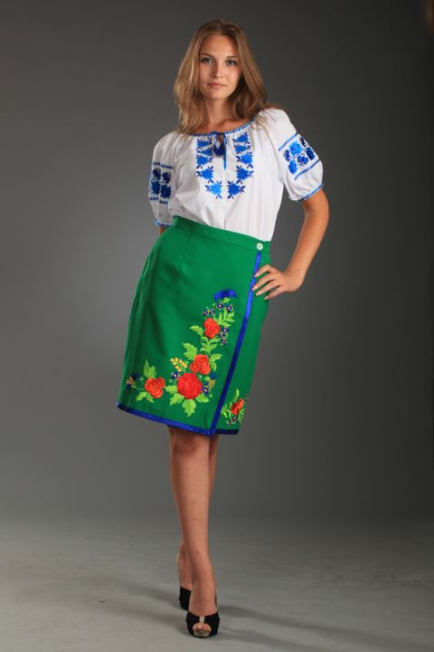 Український національний костюм — прекрасна спадщина предків ... d3f1fee3c57ef