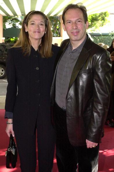 Композиторы Ханс Циммер и Лиза Джеррард на Шестой ежегодной церемонии вручения премии Critics Choice Awards 22 января 2001 года, Беверли Хиллз.