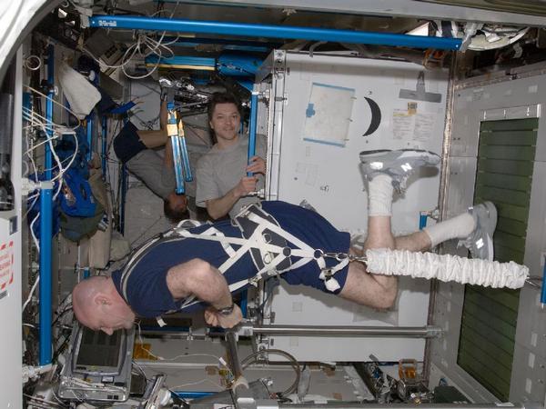 Фотографии космоса. Во всём нужна сноровка, закалка, тренировка… Фото: nasa.gov