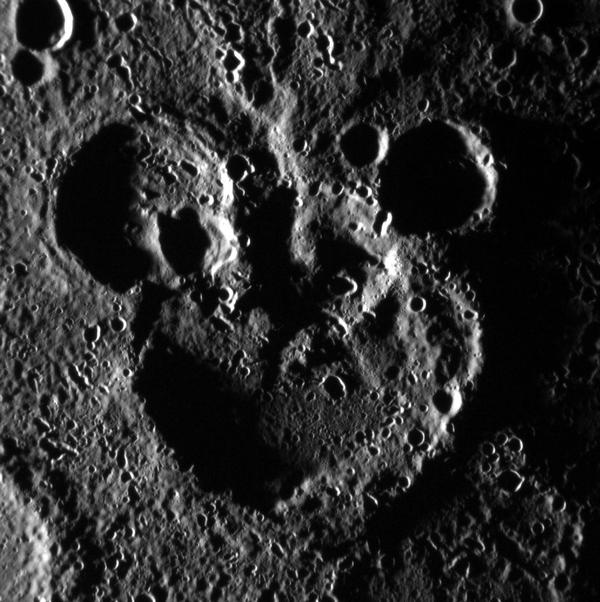 Фотографии космоса. И на Меркурии водятся мыши. Фото: messenger.jhuapl.edu