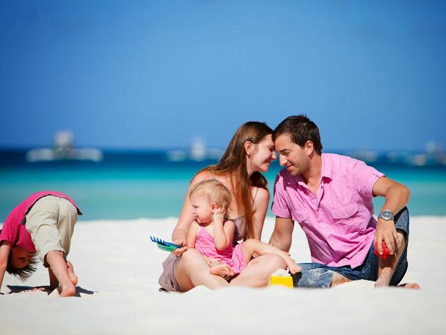 Щаслива сім'я. Фото: fotospix.com