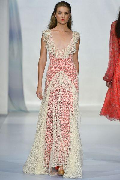 Платье из коллекции «Весна Лето 2013—2014» бренда Luisa Beccaria, который специализируется на свадебных платьях. Фото: pinterest.com