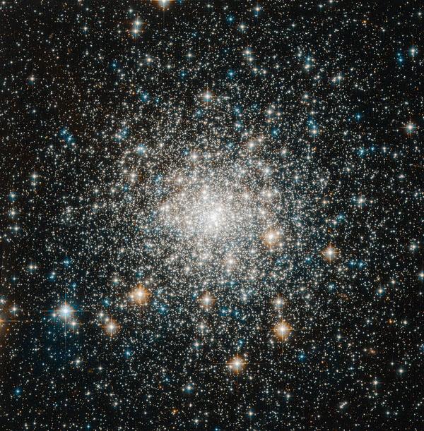 Фотографии космоса. Шаровое скопление Messier 70.