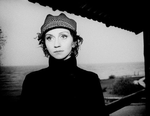 Римма Зюбина: «После удачных спектаклей я просто летаю, а после плохих спектаклей я физически болею»