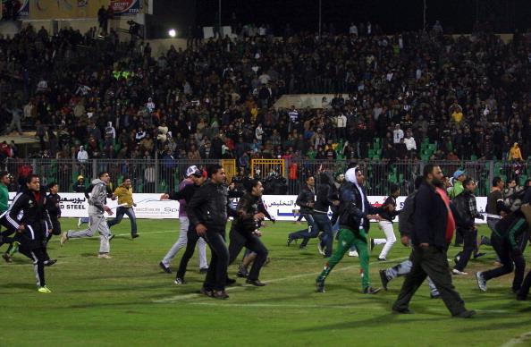 В Египте объявлен траур по 74 погибшим во время футбольного матча