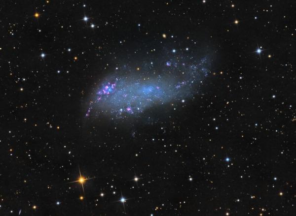Фотографии космоса. Туманность Коддингтона IC 2574. Фото: Stephen Leshin/sleshin.startlogic.com