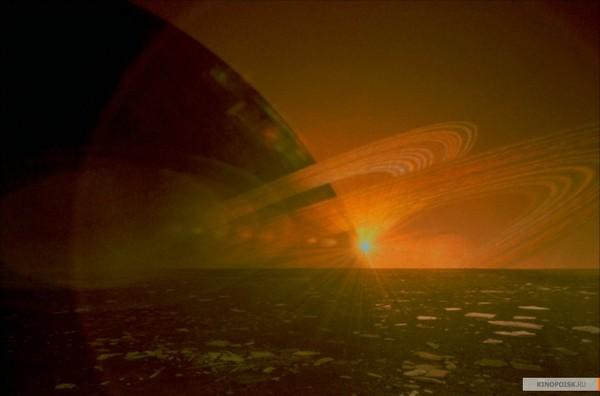 Фото 5. Кадр из фильма «Чёрная дыра» Дэвида Туи. Фото: Kinopoisk.ru