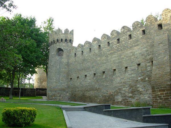 Бакинская Крепость. Фото: Emin_Bashirov/commons.wikimedia.org