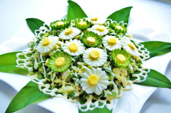 фото оформлення салатів