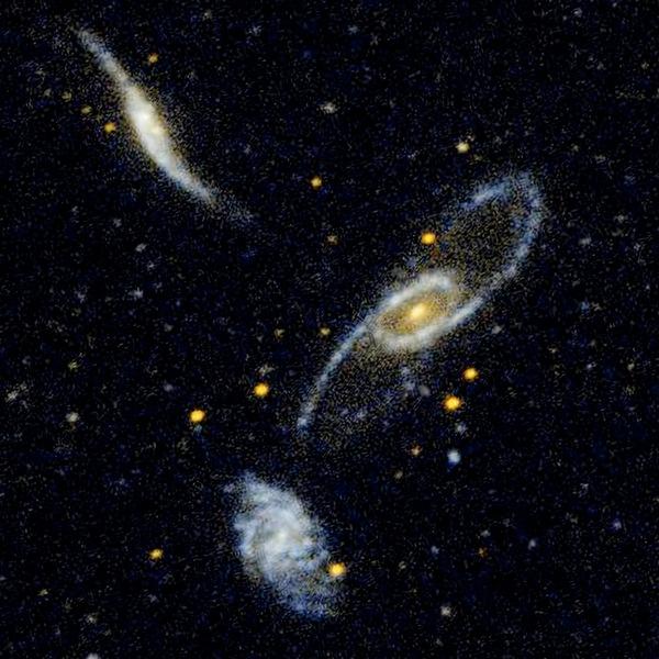 Фотографии космоса. Галактическое трио.