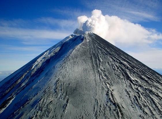 Действующие вулканы: топ-5 самых катастрофичных извержений