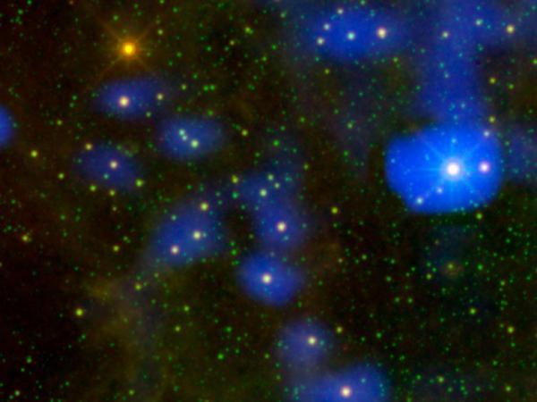 Фотографии космоса. Стареющая звезда.